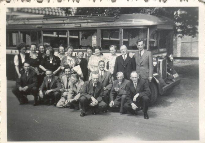 Uitstapje De Halm, links vooraan J. Vosman foto 1