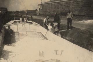 Laden en lossen van een kalkschip