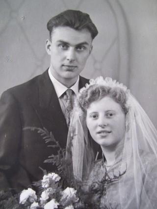Trouwfoto meneer en mevrouw Timmer